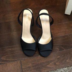 ** NEVER WORN ** Boohoo black strap heels
